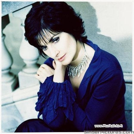 Enya-Greatest Hits